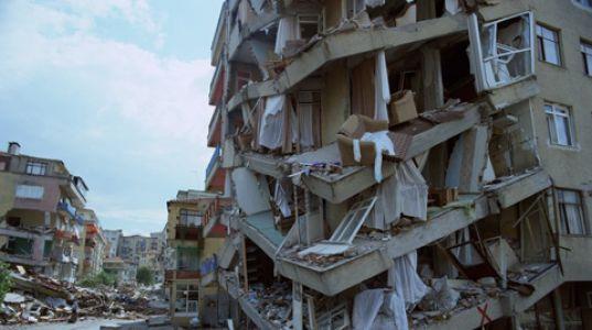 """İmar Komisyonu, Deprem Konusuna """"Aceleye Gelmez"""" Dedi"""