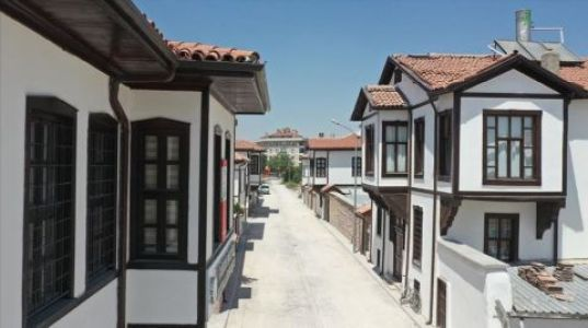 Konya'da Tarihi Evler Kentsel Dönüşümle Yaşatılıyor.