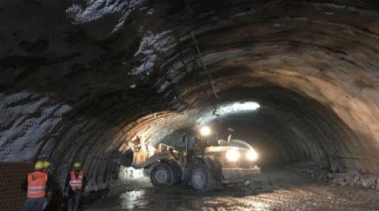 Kop Dağı'nda Yapımı Süren Tünelde Göçük