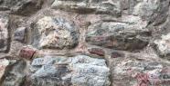 Galata Kulesi'nde Tepki Çeken Yazılar