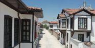 Konya'da Tarihi Evler Kentsel Dönüşümle...
