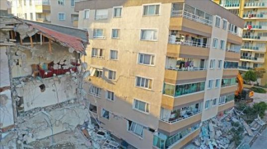 İzmir'de Acil Yıkılacak Bina Sayısı 178 Oldu