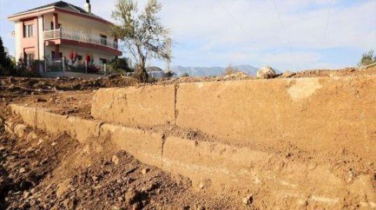 Yol Çalışmasında Tarihi Yapı Ortaya Çıktı