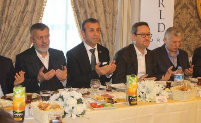 Ağaoğlu My Wrold Europe Site Başkanı Ahmet Koç Mütevazi Kişili İle dikkat çekti